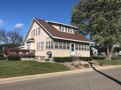Jackson County Single Family Home For Sale: 411 4th Street