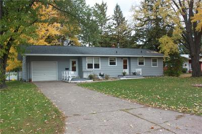 Menomonie Single Family Home For Sale: 1516 Wilcox Street