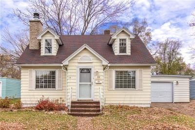 Chippewa Falls Single Family Home Active Offer: 628 W Elm Street
