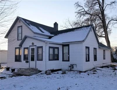Rice Lake Single Family Home For Sale: 208 W Newton Street
