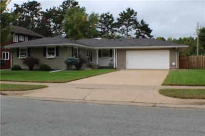 Eau Claire Single Family Home For Sale: 906 Bradley Avenue