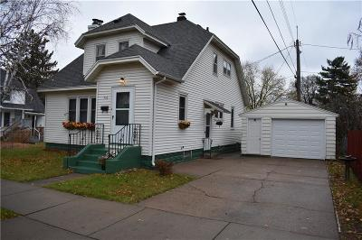 Eau Claire Single Family Home For Sale: 710 Birch Street