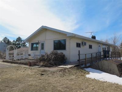 Spooner Single Family Home For Sale: 321 S River Street