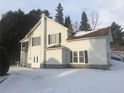 Single Family Home For Sale: N8314 Hwy 40