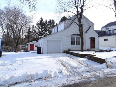 Menomonie WI Single Family Home Active Offer: $139,500