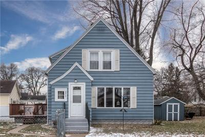 Eau Claire Single Family Home For Sale: 2217 Valley View Place