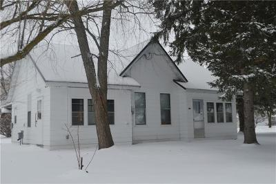 Barron County Single Family Home For Sale: 202 S 3rd Street