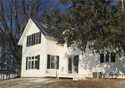 Menomonie Single Family Home Active Offer: 3372 N 350th Street