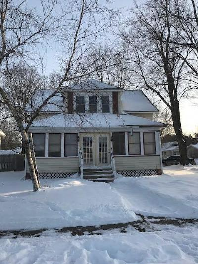 Jackson County, Clark County Single Family Home Active Offer: 620 Fillmore Street
