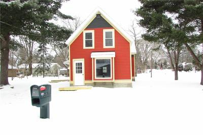 Spooner Single Family Home Active Offer: 921 N Summit Street
