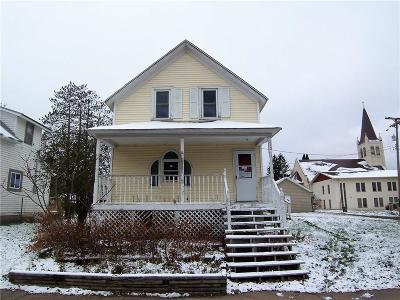 Single Family Home For Sale: 110 1st Avenue
