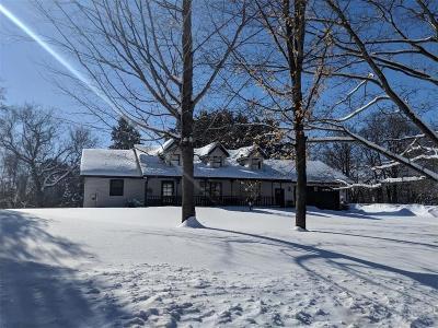 Cumberland Single Family Home For Sale: 985 Nedvidek Street