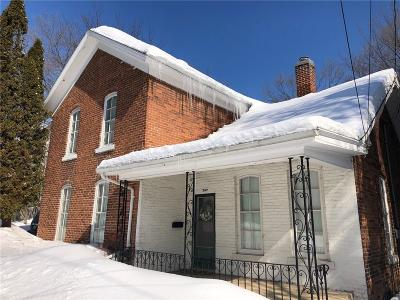 Chippewa Falls Single Family Home For Sale: 707 High Street