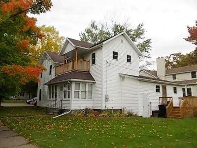 Clark County Multi Family Home For Sale: 201 E School Street #1+2