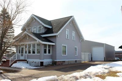 Spooner Single Family Home For Sale: 113 Vine Street