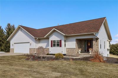 Eau Claire Single Family Home For Sale: W4330 Hwy Z