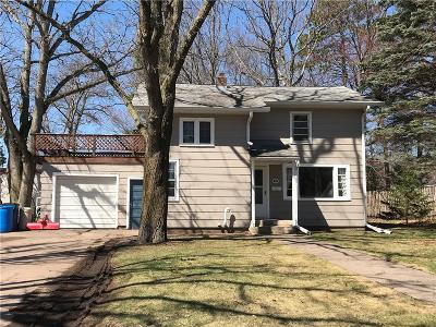 Spooner Single Family Home For Sale: 611 College Street