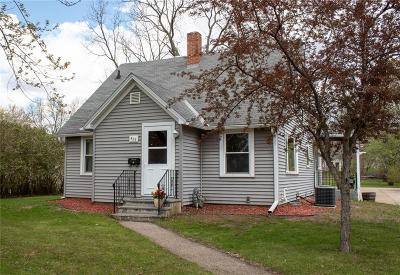 Chippewa Falls Single Family Home Active Under Contract: 420 Squires Street