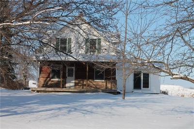 Menomonie Single Family Home For Sale: E5631 510th Avenue