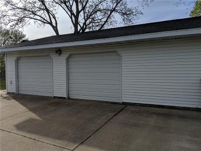 Chippewa Falls Single Family Home For Sale: 329 E Canal Street