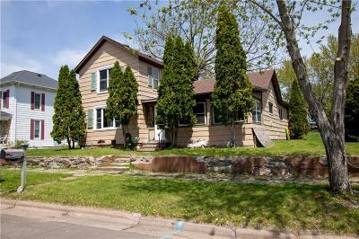 Chippewa Falls Single Family Home For Sale: 111 N Grove Street
