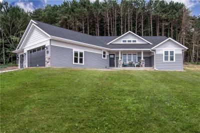 Eau Claire Single Family Home For Sale: 3440 Nelson Court