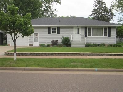 Chippewa Falls Single Family Home Active Under Contract: 1114 Mansfield Street