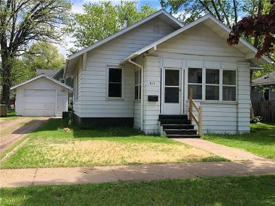 Chippewa Falls Single Family Home Active Under Contract: 815 Dover Street