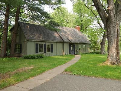 Chippewa Falls Single Family Home For Sale: 242 Dwight Street