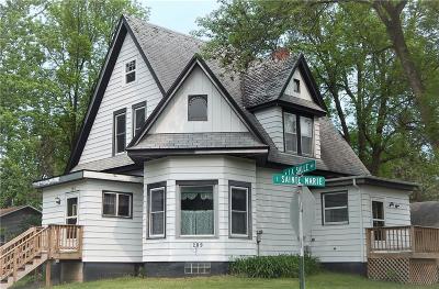 Barron Single Family Home For Sale: 209 W Lasalle Avenue