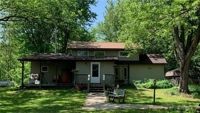 Elk Mound Single Family Home For Sale: E7561 370th Avenue