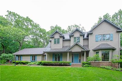 Eau Claire Single Family Home For Sale: 2121 Andrew Drive