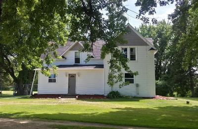 Single Family Home For Sale: 909 Us Hwy 63