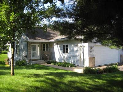Eau Claire Single Family Home For Sale: 2915 Bethel Street