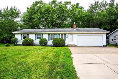Eau Claire Single Family Home Active Under Contract: 3318 Eastlawn Street