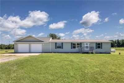 Osseo WI Single Family Home For Sale: $199,000