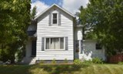 Rice Lake Single Family Home For Sale: 11 E Knapp Street