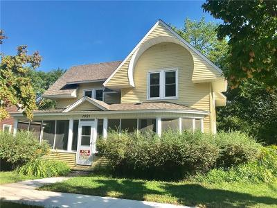 Menomonie Single Family Home For Sale: 1021 Main Street E