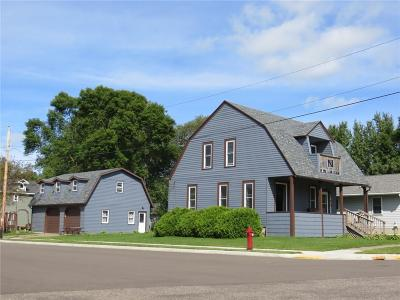 Jackson County, Clark County Single Family Home For Sale: 201 N Lincoln Street