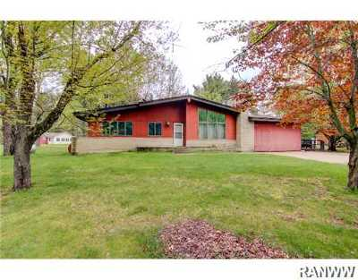 Single Family Home Sold: N9405 Badger Lane