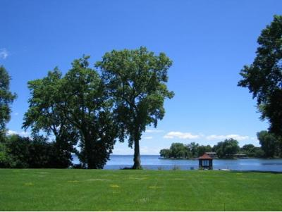 Residential Lots & Land Active-No Offer: 835 River