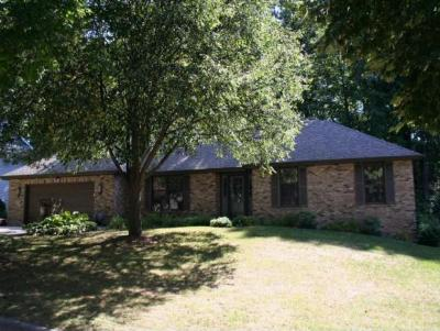 Single Family Home Sold: 2740 Canyon Bluff Rd