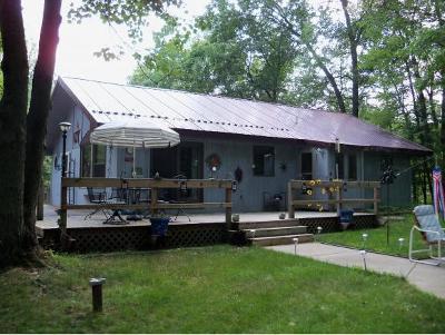 Single Family Home Active-No Offer: N10845 Peshtigo River