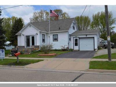 Gillett Single Family Home Active-Offer No Bump: 133 W Pine St