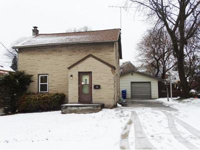 Little Chute Single Family Home Active-No Offer: 225 Mill
