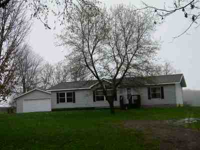 Gresham Single Family Home For Sale: N7988 Huntington Rd