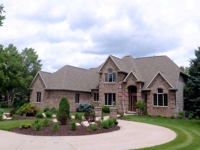 Neenah Single Family Home For Sale: 8224 Golf Course