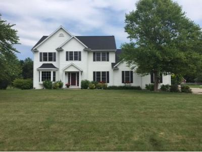 Neenah Single Family Home Active-No Offer: 146 Schramm