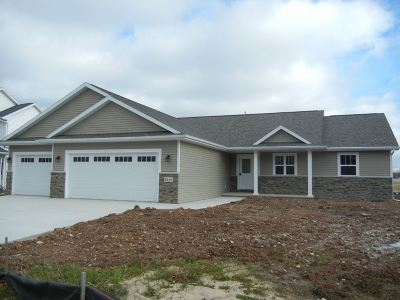 Sherwood Single Family Home Active-Offer W/O Bump: N8004 Stommel