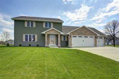 Neenah Single Family Home Active-No Offer: 1452 Amendment